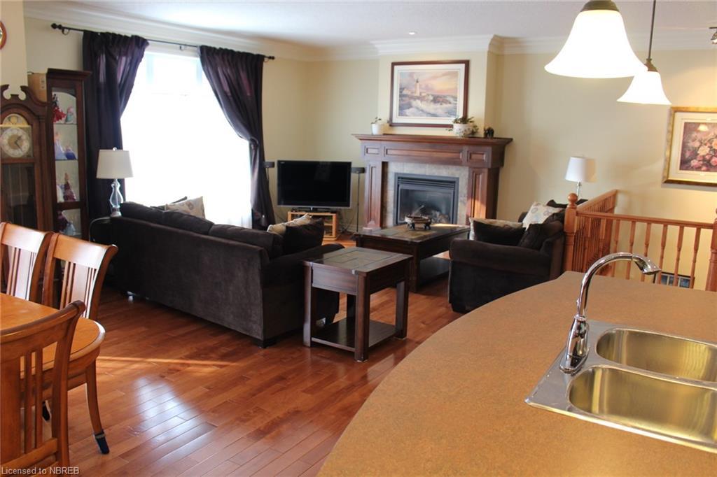 19 STONE MANOR Drive, North Bay, Ontario (ID 250836)