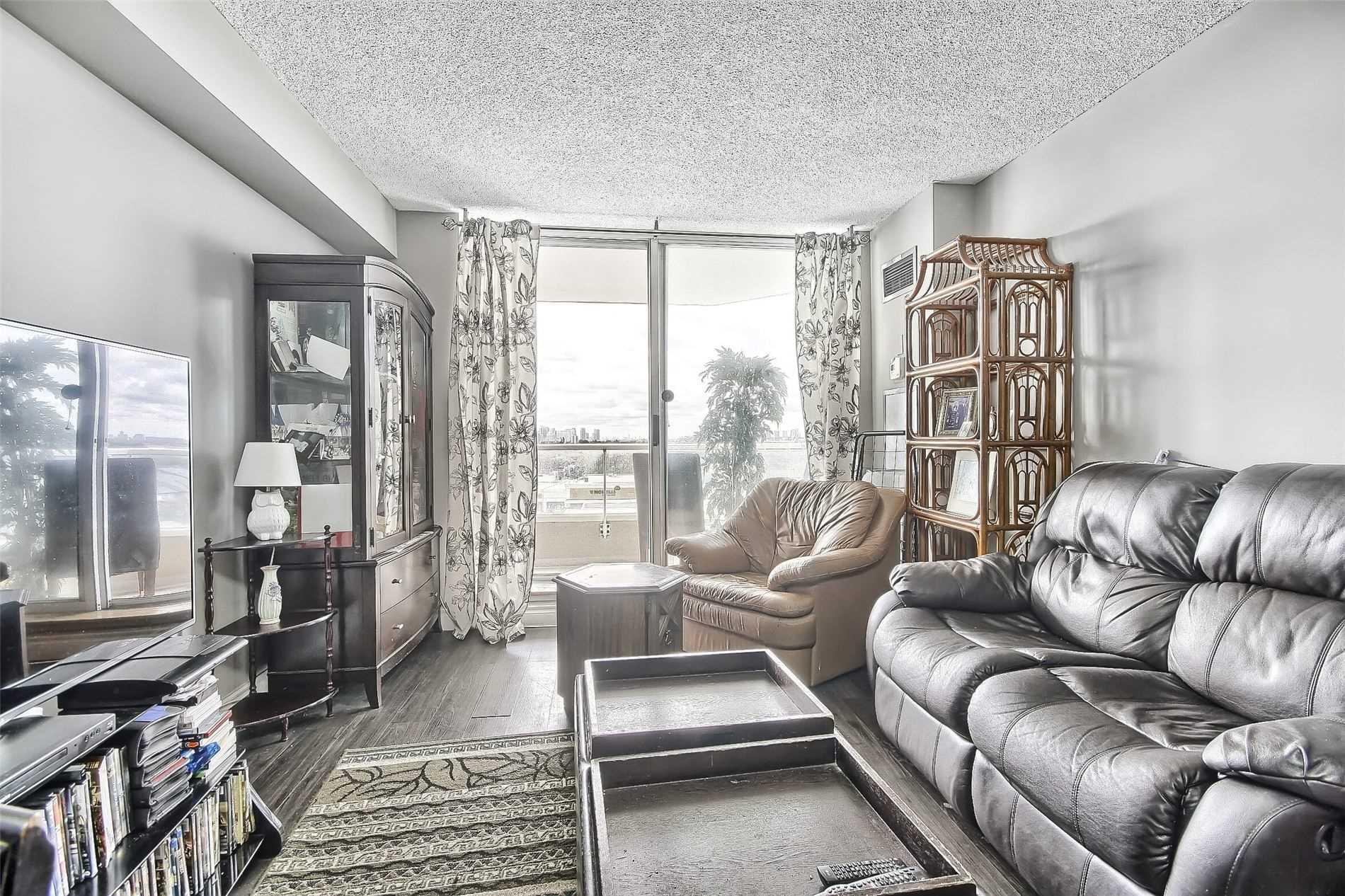 400 Mclevin Ave, Toronto, Ontario (ID E5386458)