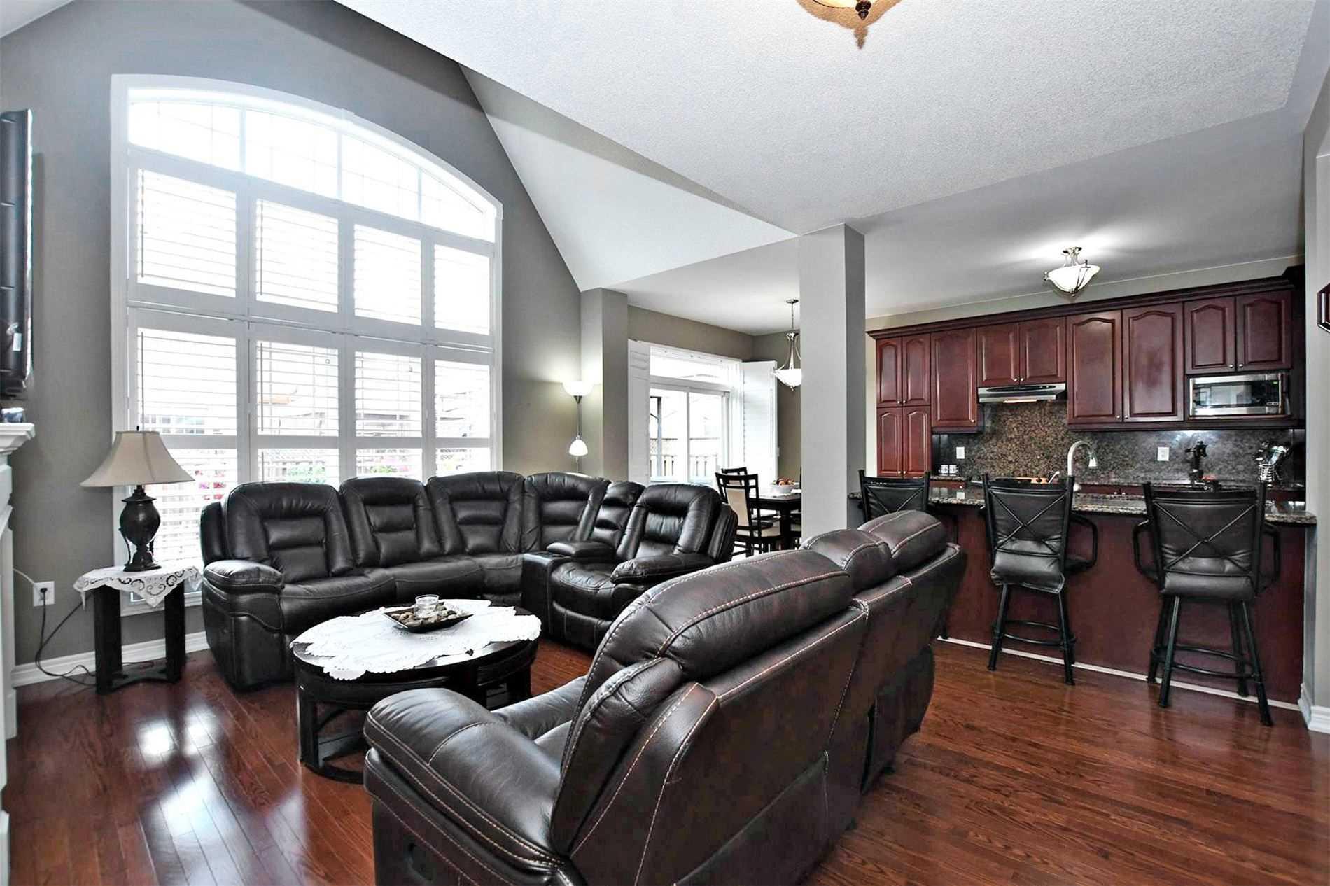 2 Brookhurst Ave, Georgina, Ontario (ID N4680131)