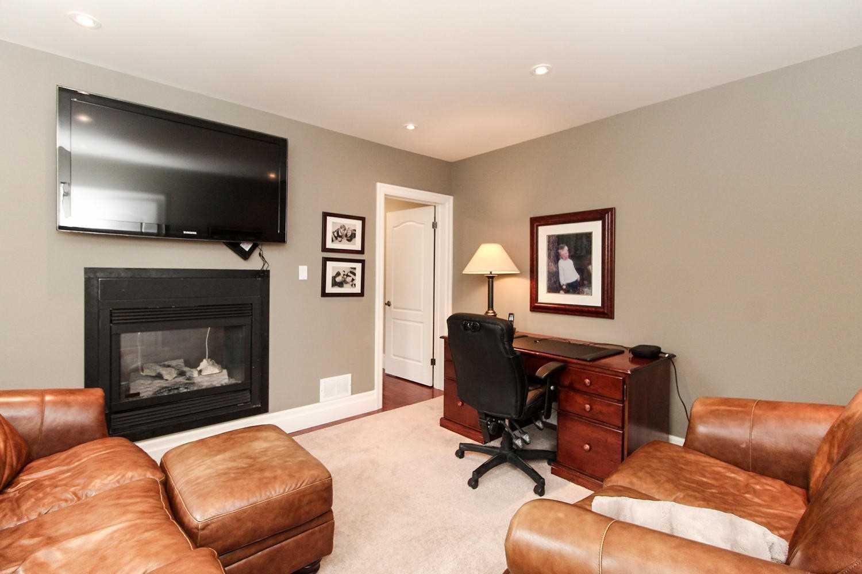 33 Sherwood Glen, East Gwillimbury, Ontario (ID N4739233)