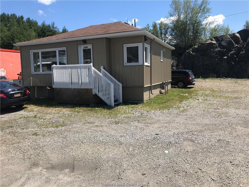 1245/1249 Kingsway, Sudbury, Ontario (ID 2087629)