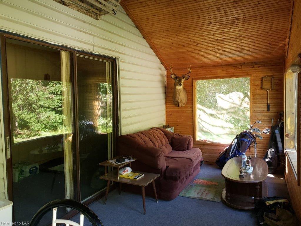 2198 BUCKSLIDE Road, Carnarvon, Ontario (ID 216780)