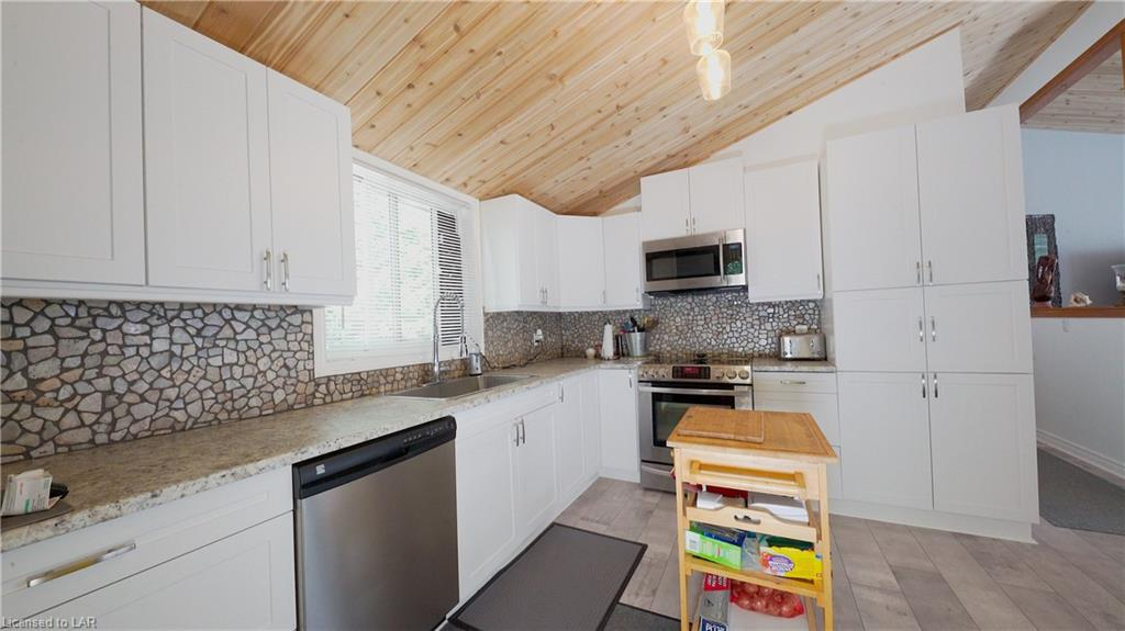 1028 MICHAEL Road, Harcourt, Ontario (ID 239331)