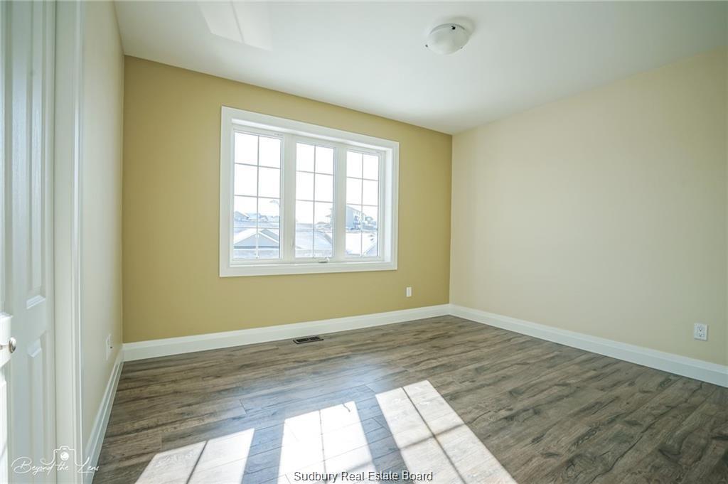 80 Northfield, Sudbury, Ontario (ID 2084190)