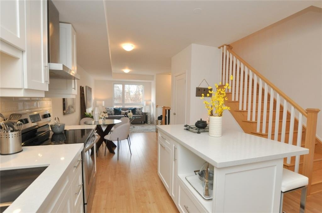 39 Robinson Street N Unit #13, Grimsby, Ontario (ID H4068315)