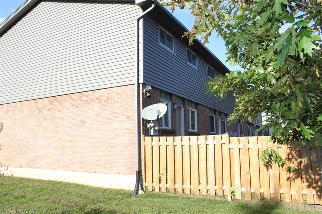 1443 HURON Street Unit# 24, London, Ontario (ID 40163297)