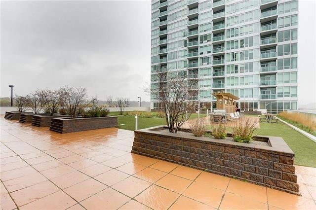 1910 Lake Shore Blvd W, Toronto, Ontario (ID W4094091)