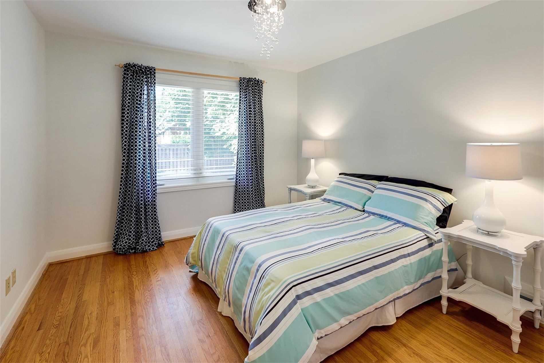51 Cardigan Rd, Toronto, Ontario (ID W4563365)