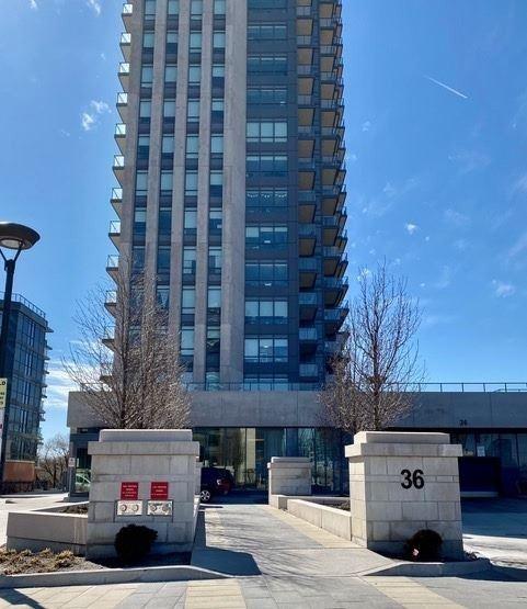 36 Park Lawn Rd, Toronto, Ontario (ID W4744472)