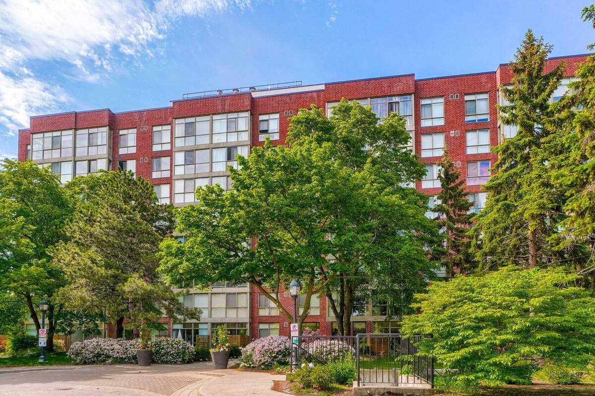 24 Southport St, Toronto, Ontario (ID W5260139)