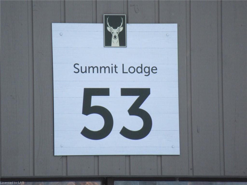 53-303 DEERHURST RESORT - SUMMIT LODGE Drive, Huntsville, Ontario (ID 243122)
