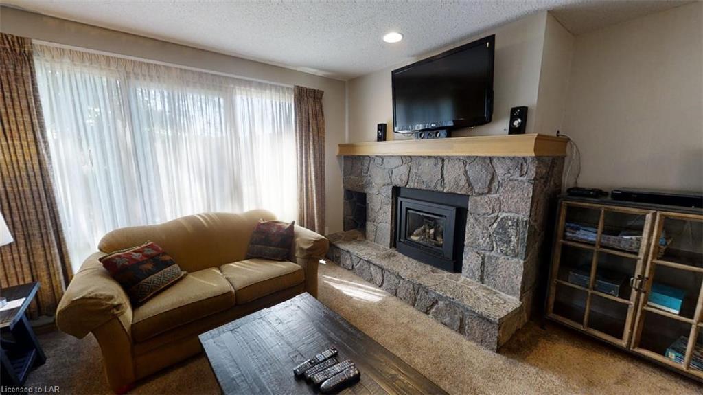 26-101 DEERHURST - GOLFVIEW Drive, Huntsville, Ontario (ID 274289)