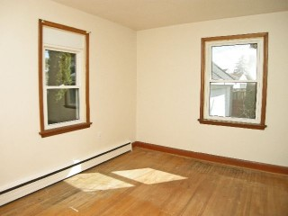 11 ELIZABETH AVE, Kingston, Ontario (ID Sold)
