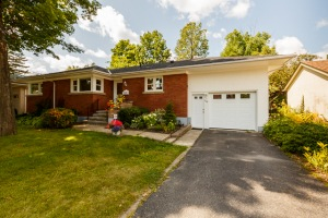 364 Mowat Ave (ID 14608929)