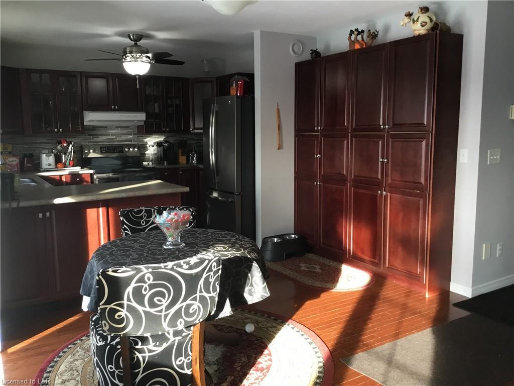 25 MACKENZIE Street, Burk's Falls, Ontario (ID 240738)
