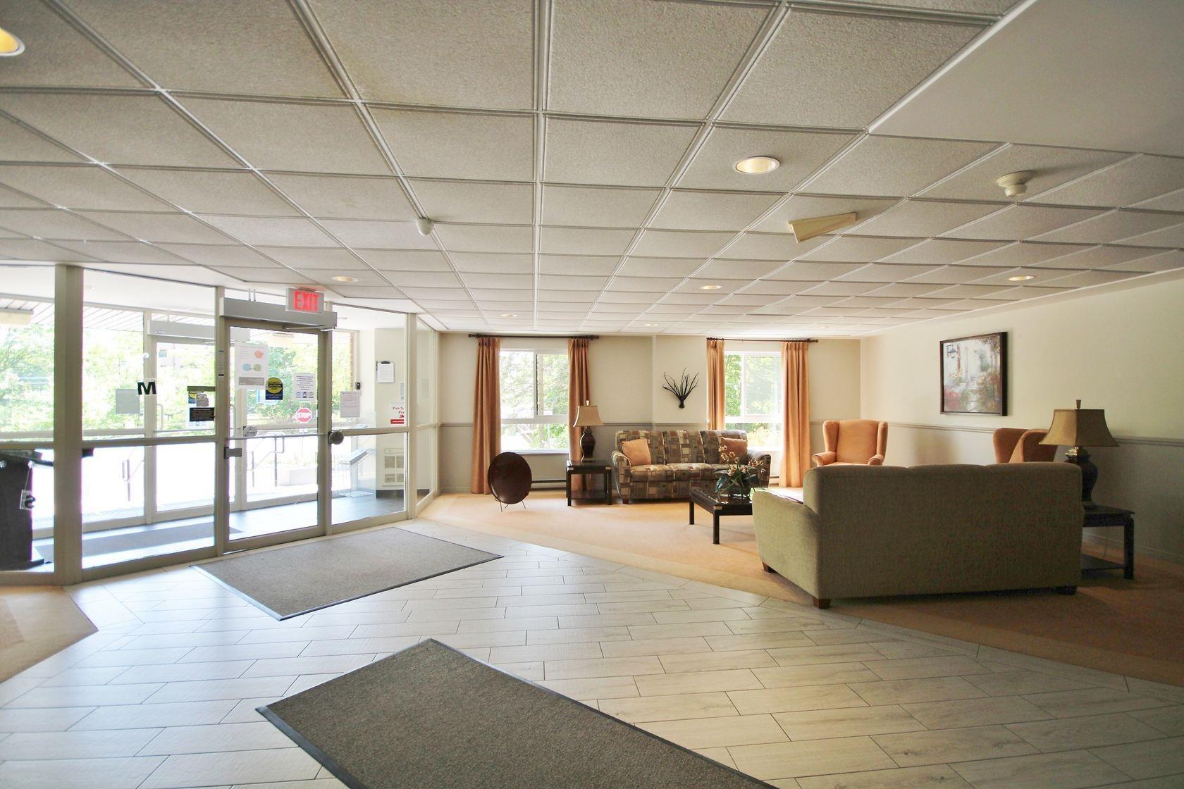 Unit# 907 115 Barrett Court, Kingston, Ontario (ID K21003736)