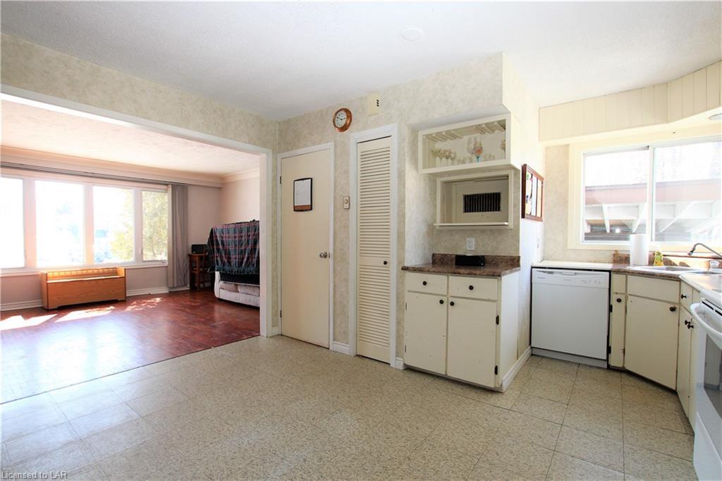 240 MAPLEWOOD Avenue, North Bay, Ontario (ID 248084)