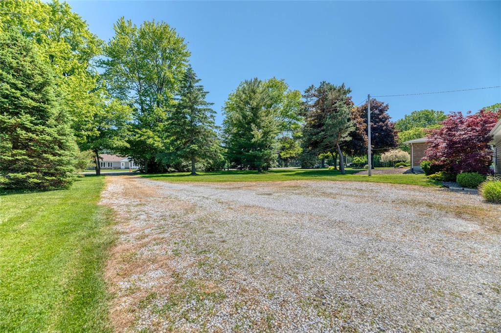 3480 QUEEN Street, Plympton-wyoming, Ontario (ID 20007599)