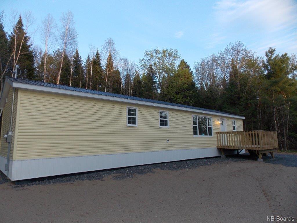 398 628 Route, Penniac, New Brunswick (ID NB043887)