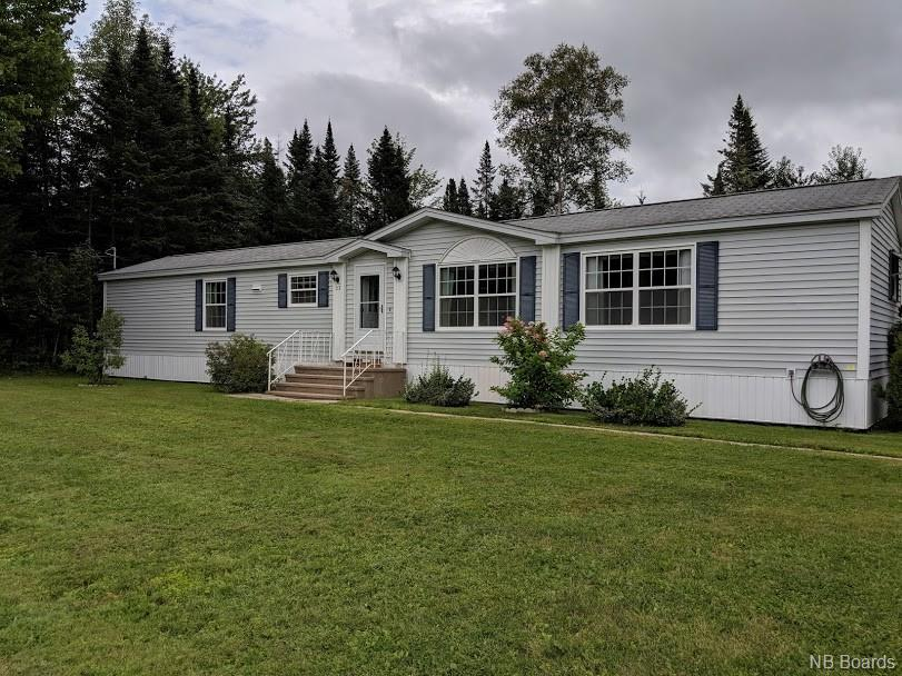 32 Prestige Drive, Lincoln, New Brunswick (ID NB041028)