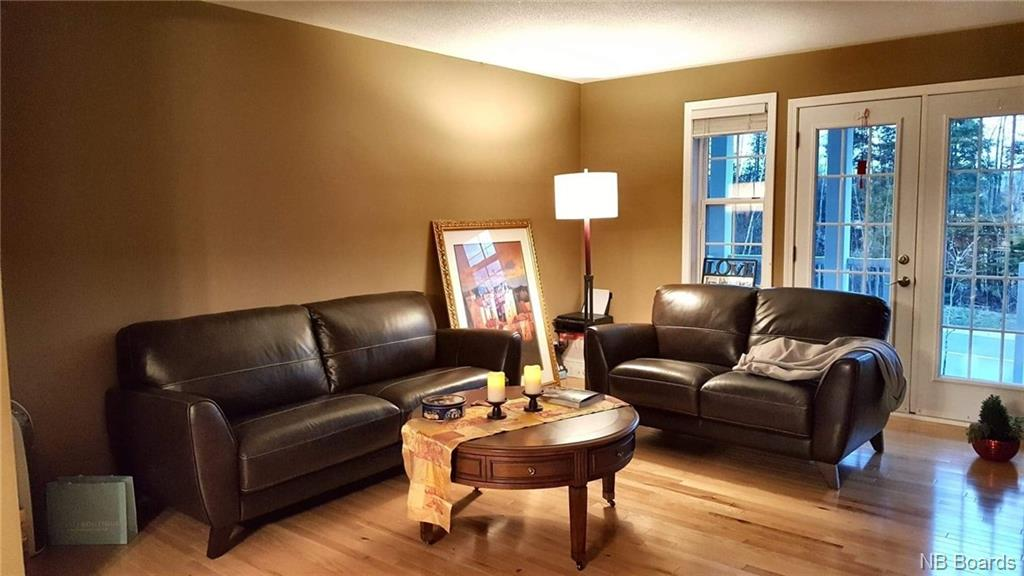 723 Brookside Drive, Fredericton, New Brunswick (ID NB025545)