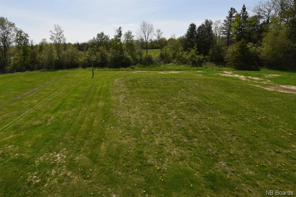16 Holyoke Lane, Keswick Ridge, New Brunswick (ID NB043893)