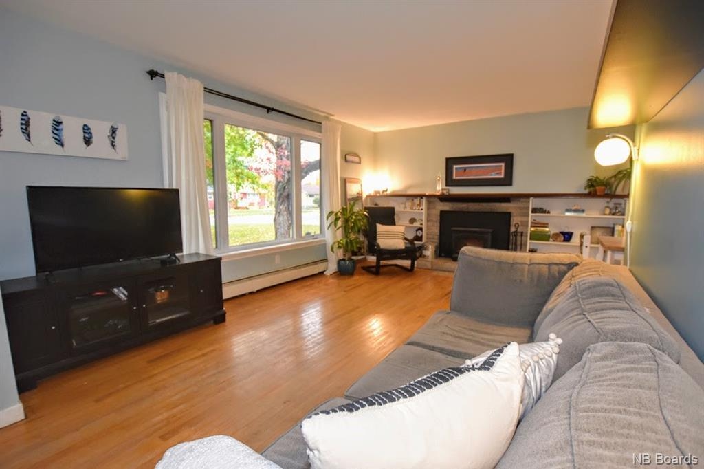 102 Liverpool Street, Fredericton, New Brunswick (ID NB050565)