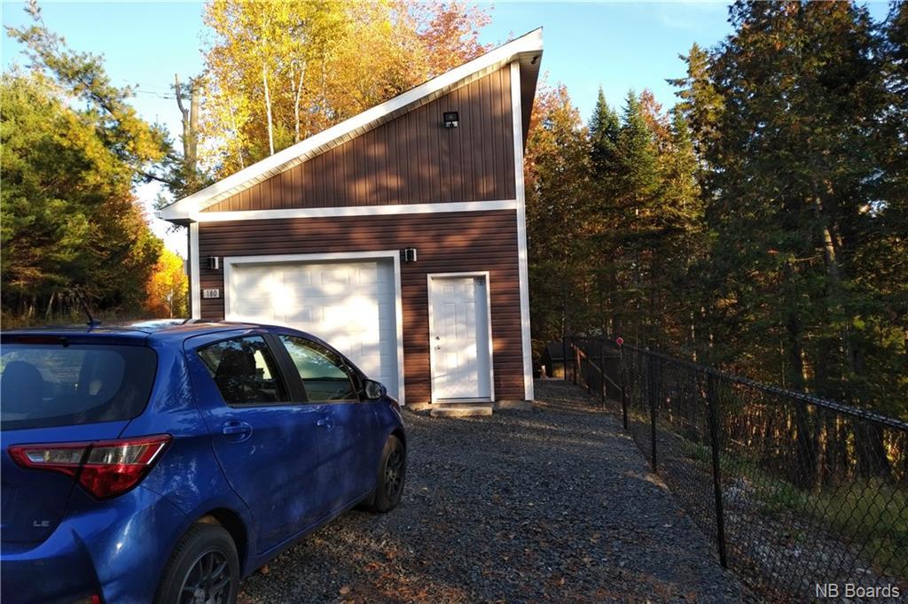 180 Woodbine Lane, Kingsclear, New Brunswick (ID NB036860)
