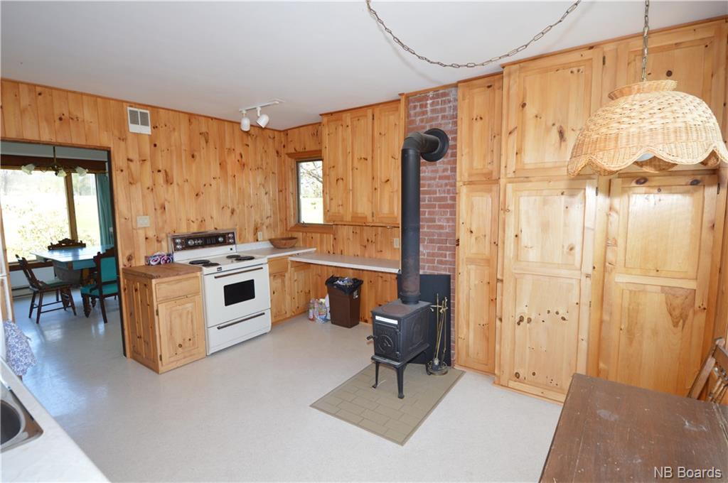 2223 Lakeview Road, Cambridge Narrows, New Brunswick (ID NB043076)