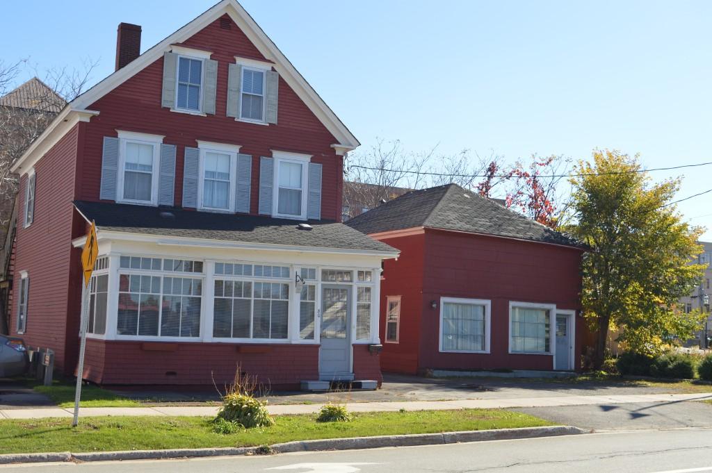 80 NORTHUMBERLAND ST, Fredericton, New Brunswick (ID 00872855)