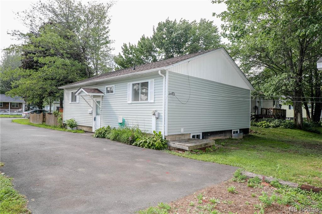 45 Carol Avenue, Fredericton, New Brunswick (ID NB046880)