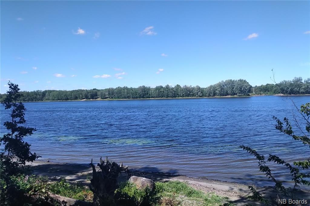 1583 Lincoln Road, Fredericton, New Brunswick (ID NB046254)