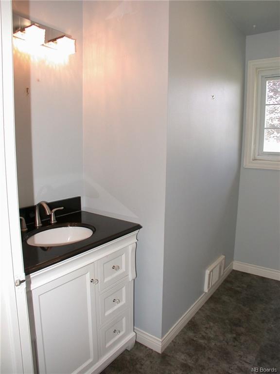 298 Highland Avenue, Fredericton, New Brunswick (ID NB038234)