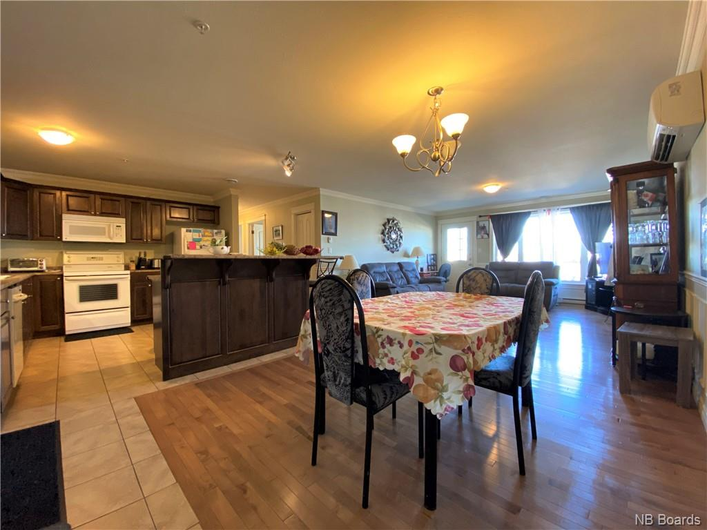99 Valcour Drive Unit# 214, Fredericton, New Brunswick (ID NB041938)