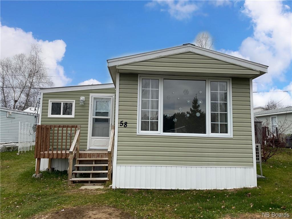 58 Hedgeview Drive, Hanwell, New Brunswick (ID NB051519)