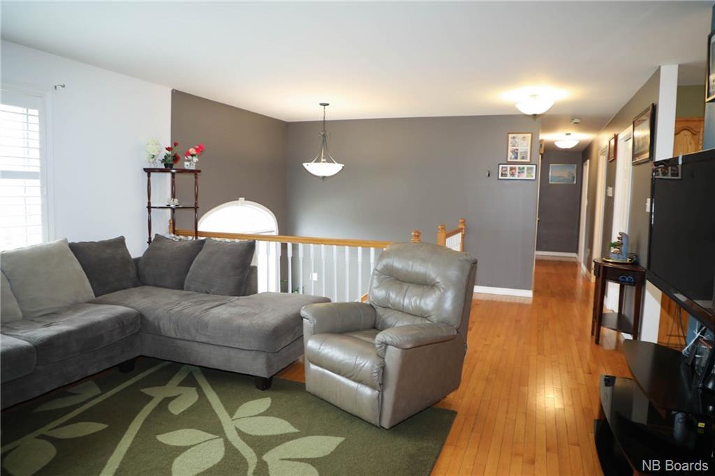 53 Stoneybrook Crescent, Fredericton, New Brunswick (ID NB055735)