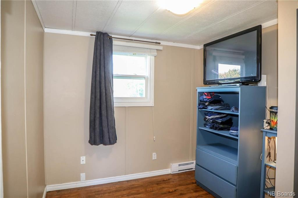 10 MacIntosh Street, Fredericton, New Brunswick (ID NB049197)