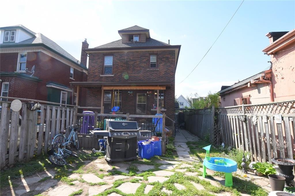 11 HILDA Avenue, Hamilton, Ontario (ID H4107580)