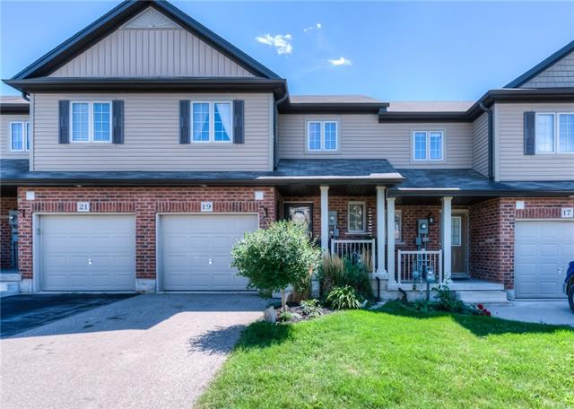 19 CAPTAIN MCCALLUM Drive, New Hamburg, Ontario (ID 30761717)