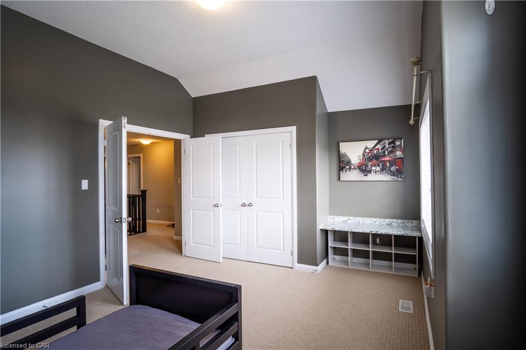 291 HARDCASTLE Drive, Cambridge, Ontario (ID 40012956)