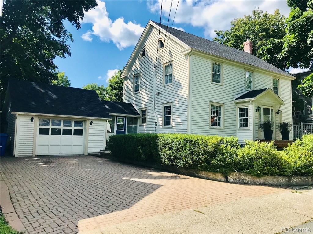 127 Orange Street, Woodstock, New Brunswick (ID NB032561)