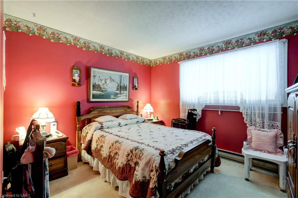 120 MCKENZIE Street, Gravenhurst, Ontario (ID 240532)