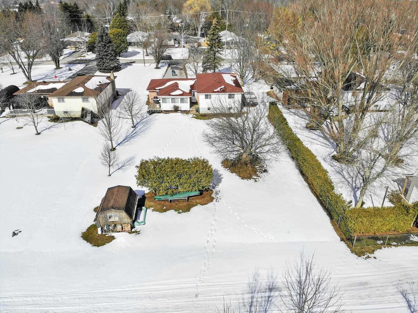 15 Burke St, Georgina, Ontario (ID N4710896)