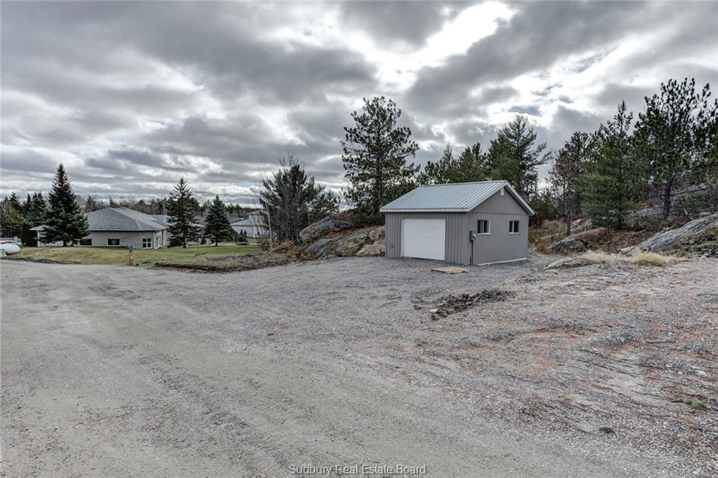 210 Horseshoe Lake Road, Sudbury, Ontario (ID 2094831)