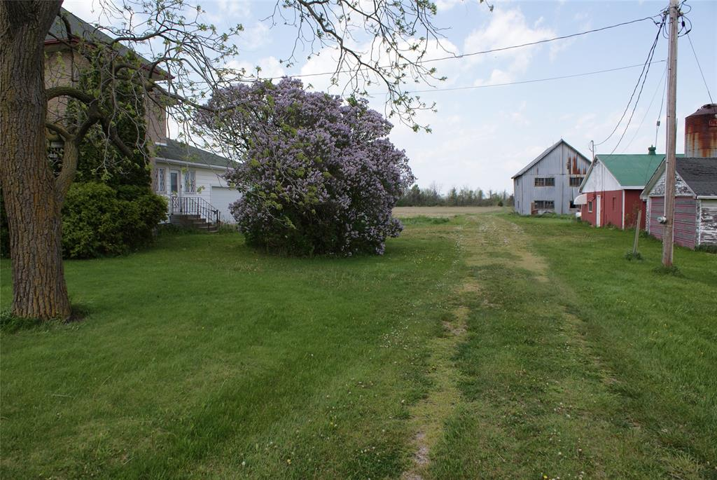 6818 LAKESHORE Road, Lambton Shores, Ontario (ID 20007510)
