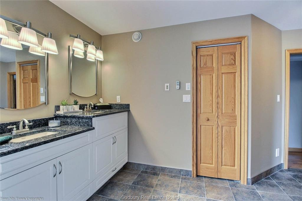 80 Breezehill Road, Skead, Ontario (ID 2097451)