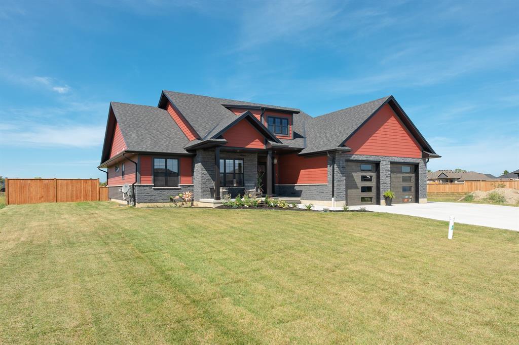 4035 VAN BREE Drive, Plympton-wyoming, Ontario (ID 19025559)