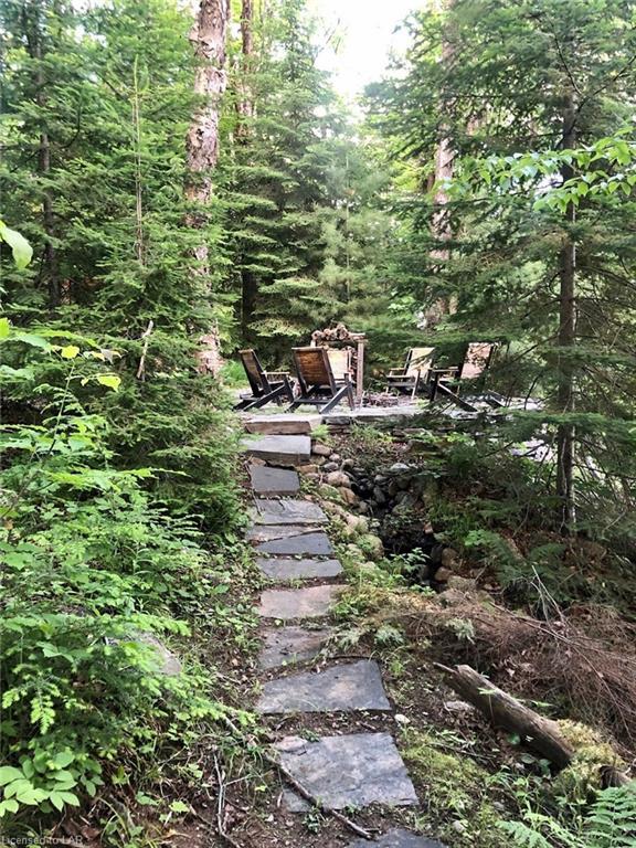 1004 STAGS LEAP Trail, Haliburton, Ontario (ID 252357)