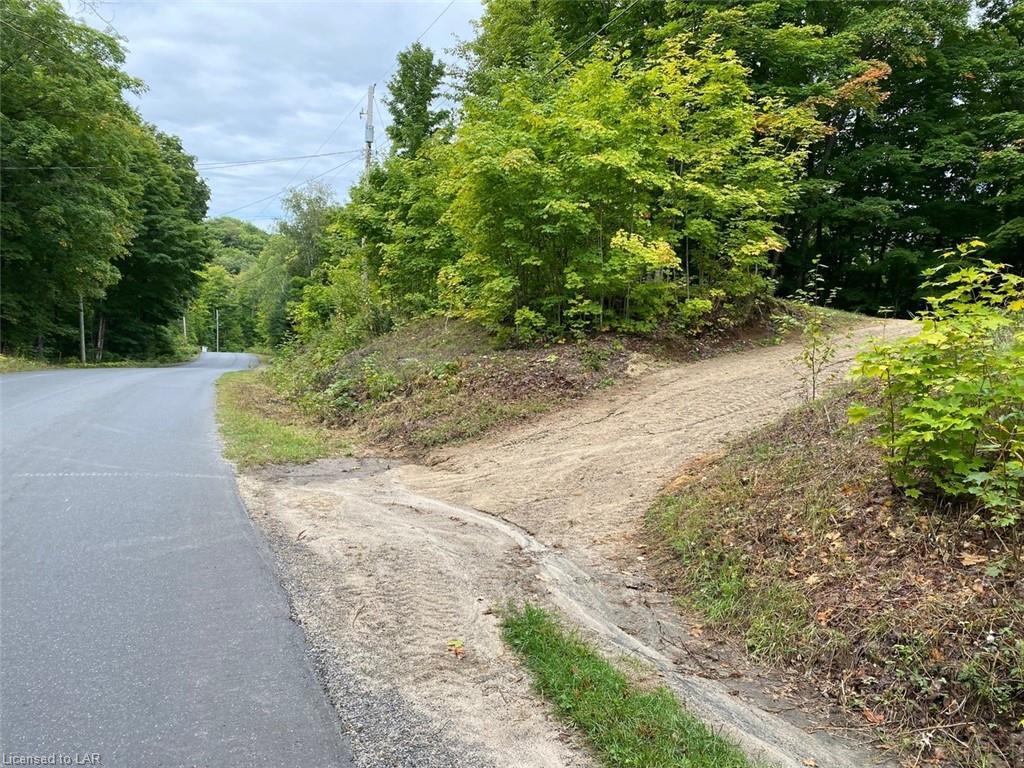 TRAPPERS TRAIL Road, Haliburton, Ontario (ID 40164639)