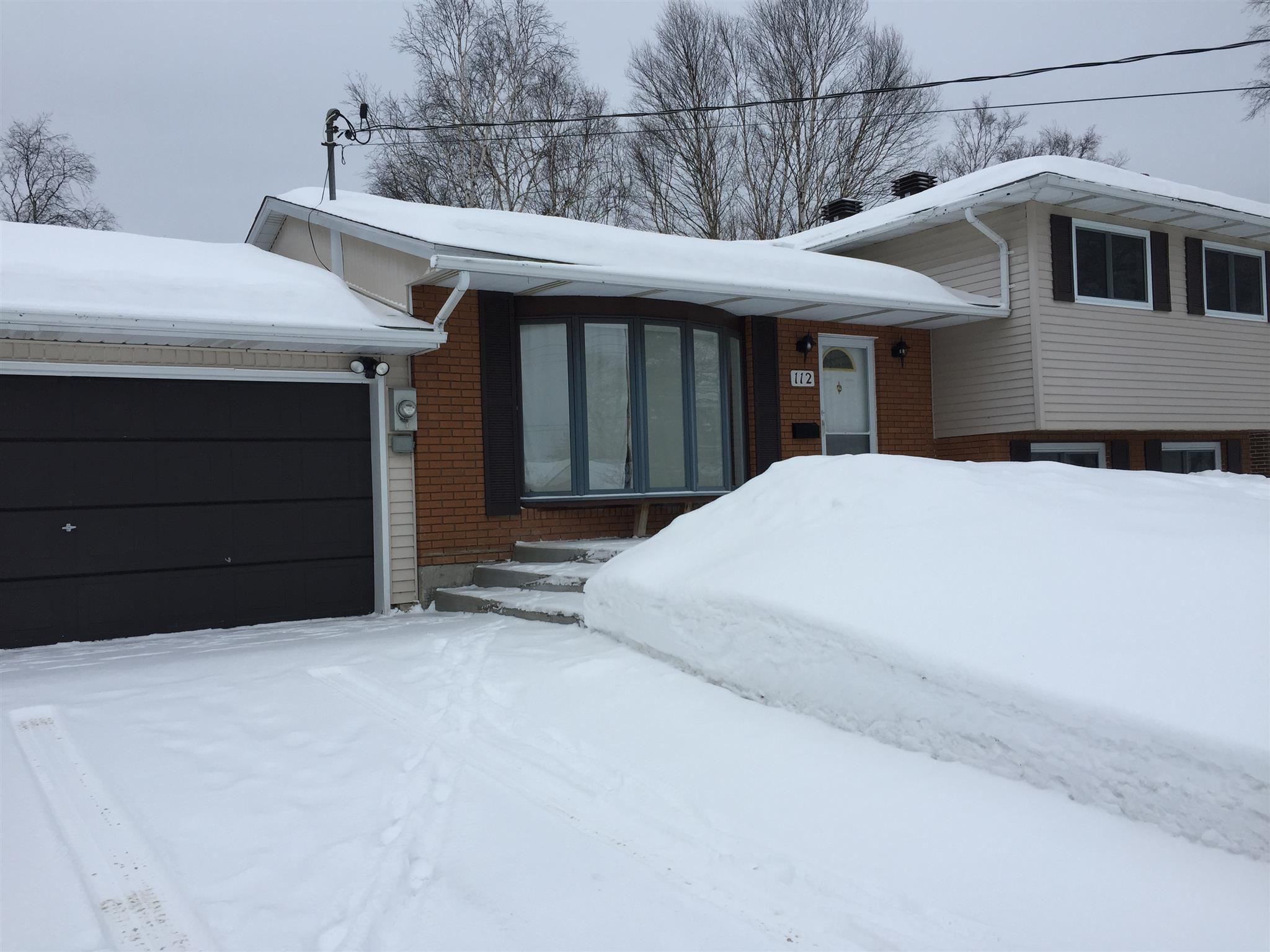 112 Superior Avenue, Wawa, Ontario (ID SM127606)